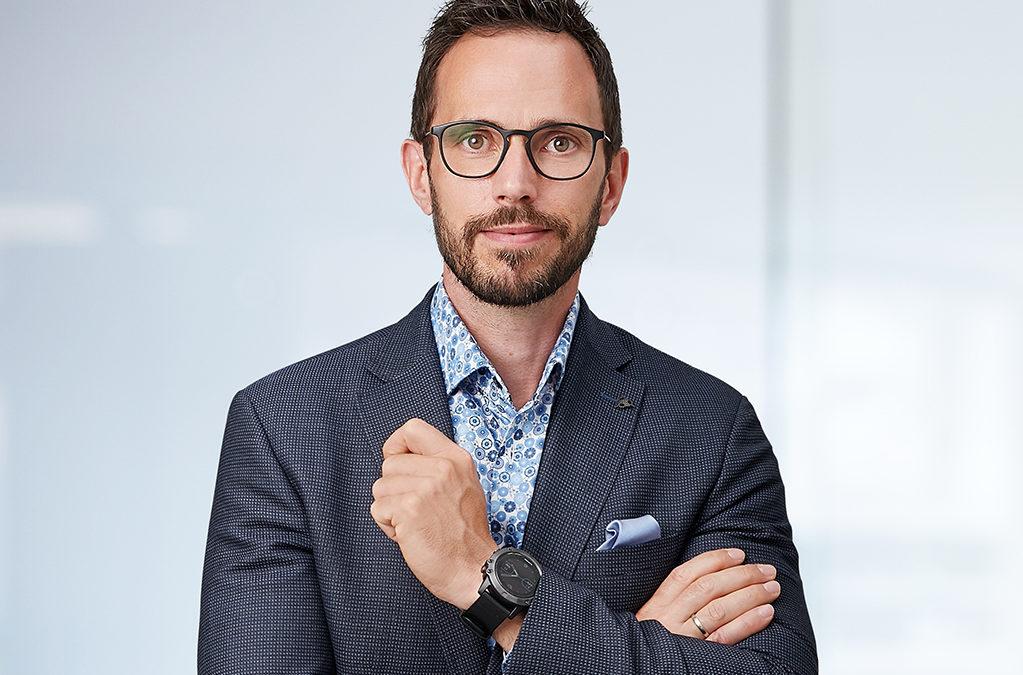 Unternehmerportrait von Unternehmensberater im Bereich Controlling Harald Cimzar